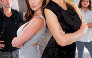 MILF OF THE YEAR KENDRA LUST & JULIA ANN HIGHLIGHT MOTHER EXCHANGE 5