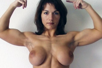 Top 10 Super Ripped Nude Bodybuilders