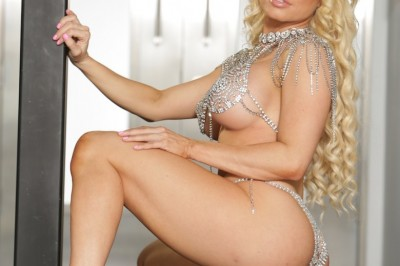 Nikki Delano Scores Two AVN Fan Awards Noms for Physique & Social Media Prowess