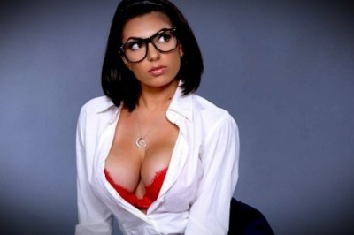 Top Hottest Pics of Big Titted Darcie Dolce