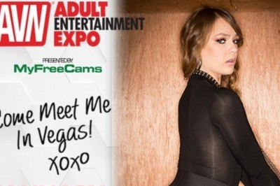 Sailor Luna's Ready to Meet Her Fans in Vegas at AEE & AVN Awards